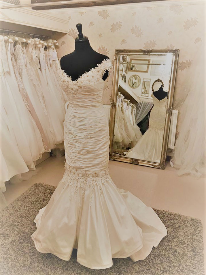 Ian Stuart Brunei   Our Dresses