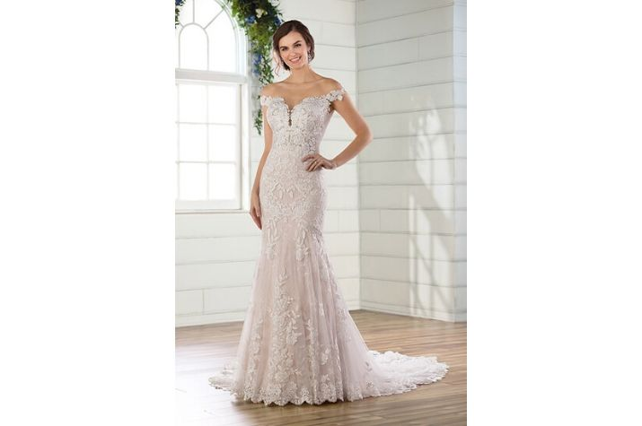 Essense-of-Australia-wedding-dress-at-Chilham-Bridal