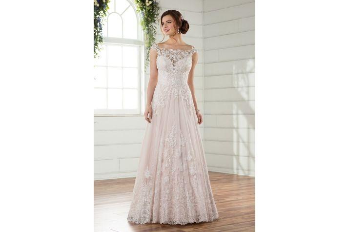 Ex-sample-Essense-of-Australia-designer-wedding-dress-at-Chilham-Bridal-boutique-in-Kent